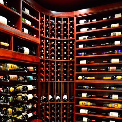 Palm Bay's Wine Cellar: Port Washington, NY